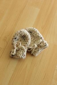 crochet mittens   Desiree Prakash Studio