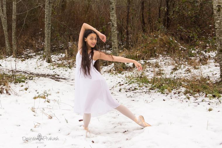 ballerina in snow |Desiree Prakash Studio